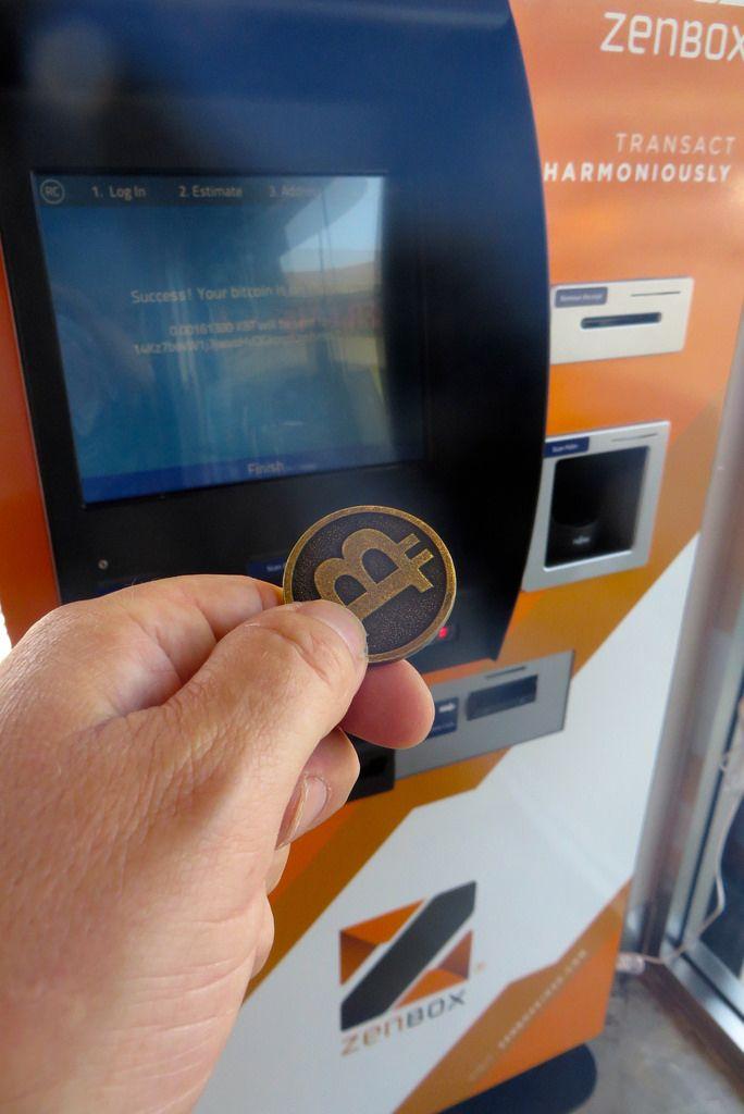 cambiar dinero a bitcoin)